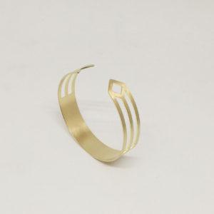 concept-store-lyon-bijouterie-alchimies-boutique-createurs-laiton-bijoux-fantaisie-bracelet-manchette-influence