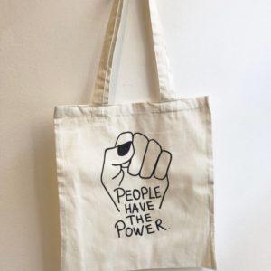 alchimies-lyon-click-and-collect-cadeaux-noel-artisanat-createurs-boutique-tote-bag-people-power