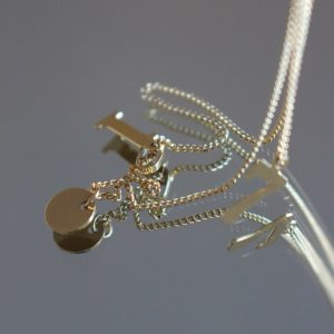 alchimies-lyon-click-and-collect-cadeaux-noel-artisanat-createurs-boutique-collier-sautoir-boucles-oreilles-bracelet-mulotb