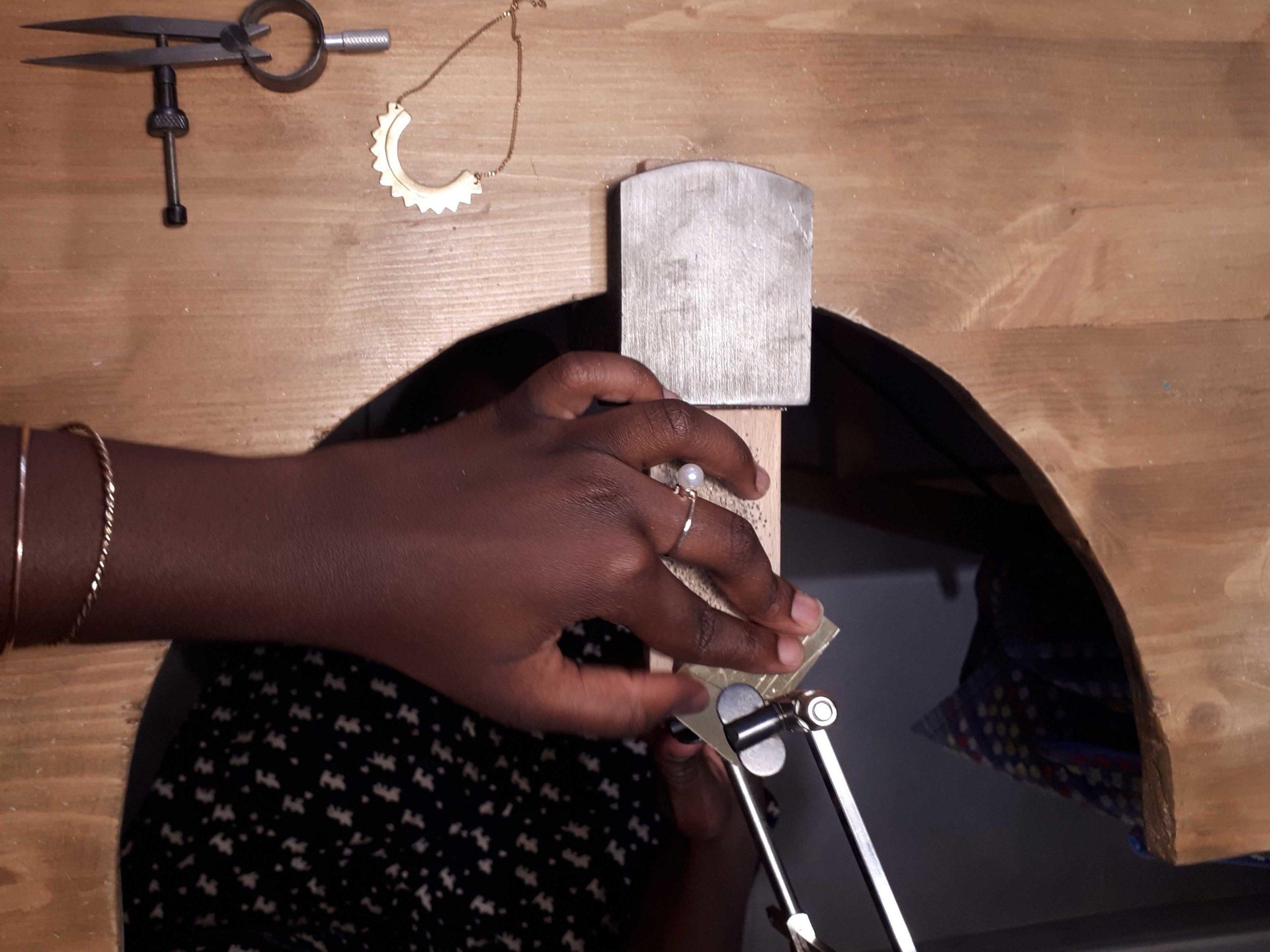 lyon-click-and-collect-cadeaux-artisanat-createurs-boutique-boucles-oreilles-collier-ateliers-bijoux