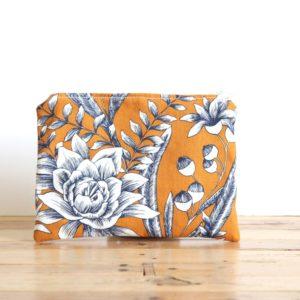 alchimies-lyon-click-and-collect-cadeaux-noel-artisanat-createurs-boutique-tote-bag-sac-cabas-maison-gustave-couture-pochette